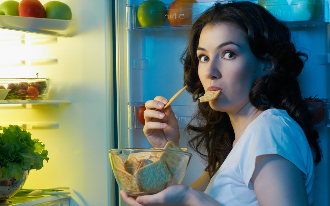 3 Easy Ways to End Stress Snacking